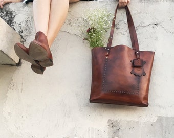 Brown Tote Purse, Leather Tote with Zipper, Leather Work Bag, Zippered Handbag, Shoulder Purse with Pocket