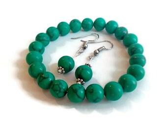 Green Howlite set/Beaded Earings and bracelet
