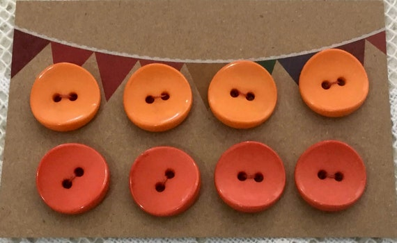 6 x Shiny Buttons 2 Hole Buttons approx 18mm Light Red
