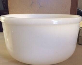 Large vintage milk glass mixing bowl 1950 circa
