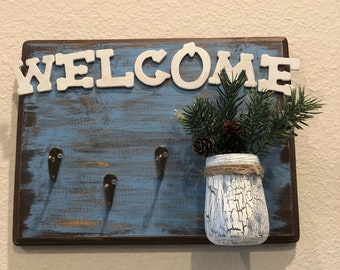 Welcome sign, wall hangings
