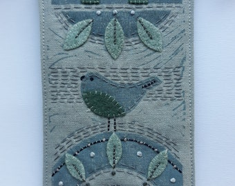 Bird on a Hill sewing kit - Blue