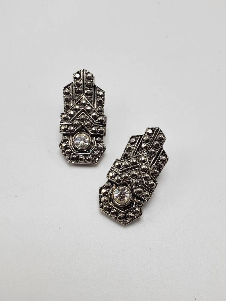 80/'s Silver Tone Rhinestone Clip-on Earrings Art Deco Retro Statement Runway Clips Fashion Jewelry Costume Jewelry Collectable
