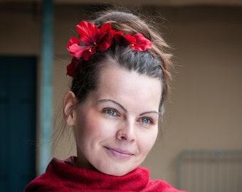 Red elastic flower hairband