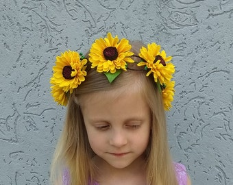 Sunflower flower girl crown Wildflower flower crown Rustic wedding headpiece Woodland floral crown Yellow bridesmaid hair flower wreath girl