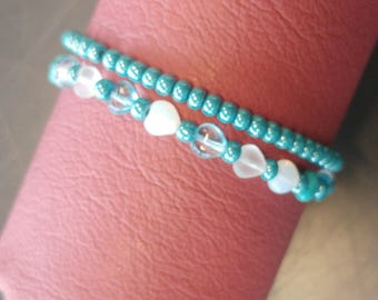 Turquoise set bracelets of glass beads