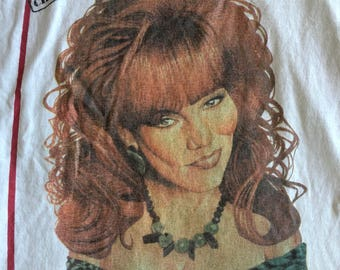 1990 Vintage Married With Children Peg Bundy T-Shirt