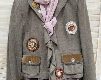 Pearl wool jacket 3X Zip-up green jacket Patched funky jacket Repurpose jacket. Short Boho wool jacket