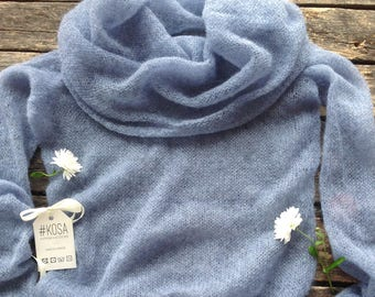Kidmohair sweater with a wide collar