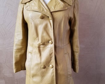 Vintage Women's Leather Trench Coat