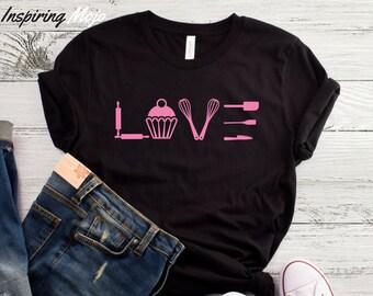 f5dbd324e2e Love Baking T-Shirt