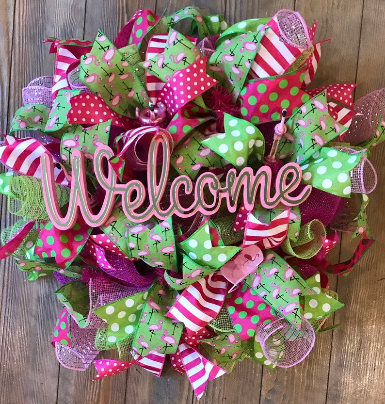 pink welcome Flamingo Wreath with Welcome Sign, Front Door Wreath, birthday  wreath, flamingos, Summer Fun, pink and green, Free Shipping