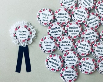 Lot of 15 56mm custom EVJF badges including lace -ribbon for the bride-to-be