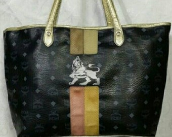0df9cc6572ca Authentic MCM Black Visetos Lion Shopper   Shoulder Bag