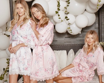 Set Of 5 Bridesmaid Robes | Floral Robes For Bridesmaids | Bridal Party Robes | Wedding Robes | Lace Bridal Robe | Bride Robe | Rylan Robe