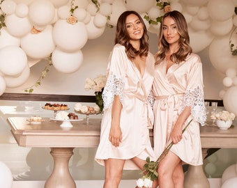 Set Of 8 Bridesmaid Robes | Bridesmaid Gifts | Wedding Robes | Bridal Party Robes | Lace Robe | Lace Bridal Robe | Bride Robe | Layla Robe