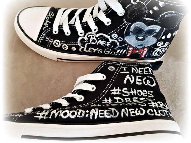 Sneakers dipinte Minnie e Topolino Arte Scarpe Topolino Scarpe FYk4B1BW