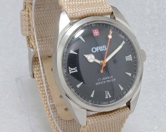 9df6593313a7 VINTAGE ORIS Mechanical Winding