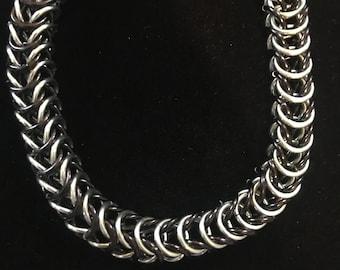 Black Seafoam Box Chainmaille Bracelet