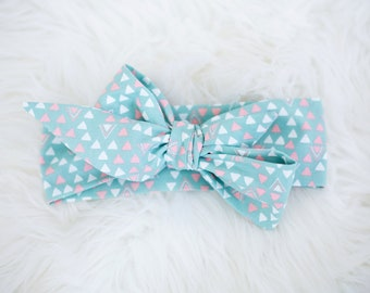 Baby Blue with White and Pink Triangles Wrap