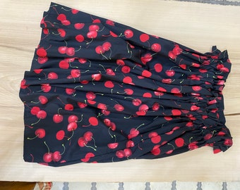 Cherry print skirt with elasticated waist.