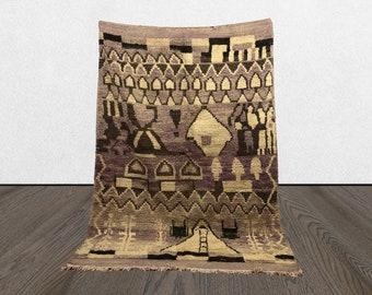 Moroccan Berber vintage Purple rug 5x10, Boho abstract Morrocan rug, Tribal woven Bohemian rug.