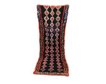 Moroccan Berber Vintage narrow runner rug 3x8, morrocan boujad tribal kilim rugs Boho Decor, bathroom boucherouite Bohemian stair runners.
