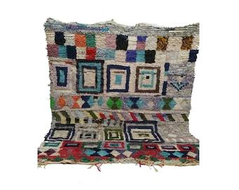Boucherouite woven Vintage rug 5x6, Moroccan berber Bohemian azilal rugs!