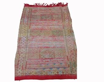 Vintage Moroccan Berber kilim ug, Morocco boujad tribal kilim rag rugs! Old  worn Carpet, bathroom boucherouite Teppich
