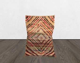 5 x 7 Berber worn vintage area rug,  Morrocan Tribal Bohemian woven rugs 5x7, Boho accent wool rug, Moroccan Old Vintage rugs