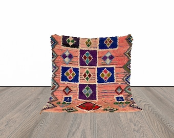 5x5 ft Moroccan small vintage rug!