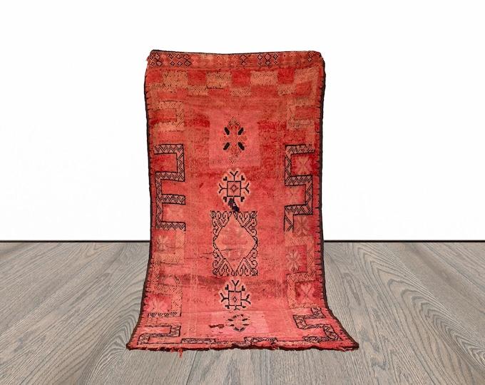 Vintage Berber Moroccan area rug 5x9 ft!