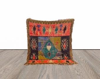 4x6 ft Berber vintage Moroccan area rug!