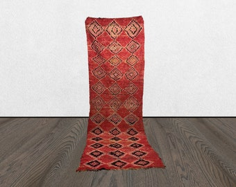 3 x 10 red Vintage Berber runner rug, Morrocan kitchen wool runners 3x10, Moroccan Boho home decor, Marocain azilal Unique Bohemian tapis