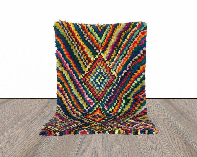 3x5 ft Moroccan small vintage area rug!