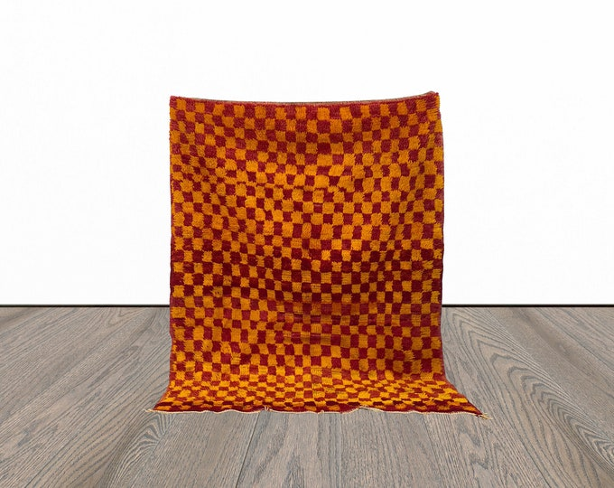 5x6 ft checkered Moroccan vintage rug!