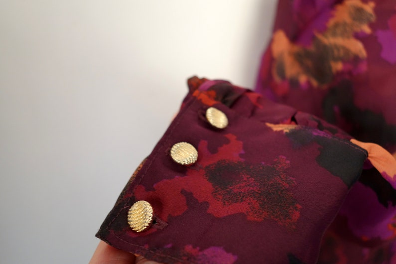 Oversized Medium Vintage 80s Pleated Shoulders Embellished Purple Blouse Decorative Buttons