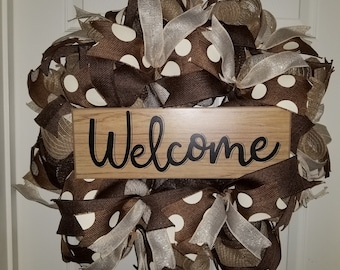 Brown and White Welcome Wreath
