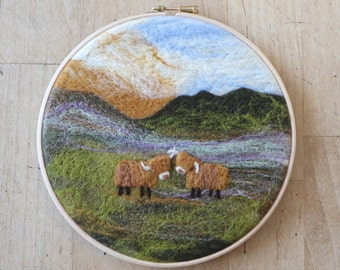 Highland Cow Painting With Wool - beginner 2D felting - learn to felt - Cow Decor  - DIY Craft - Needle Felting Kit - Hairy Cow Craft Kit