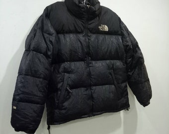The North Face 700 Nuptse Goose Down Puffer Jacket With Stow Pocket 5f78b80c75
