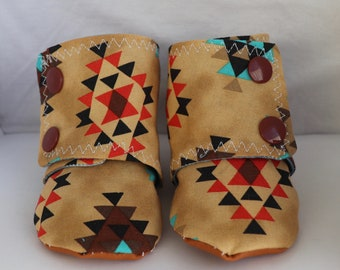 """Aztec """"Stay-On"""" Baby Booties"""