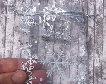 5d4fed026ad1 Snowflake organza | Etsy