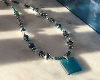 Teal square glass necklace - Frostlight collection