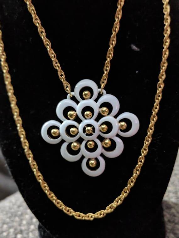 trifari necklaces vintage