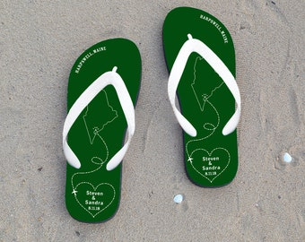 0fb0ddb5647374 Personalized flip flops for wedding guests