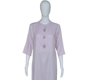 Plane with enameled dangling buttons 3/4th sleeve straight cut Kurti