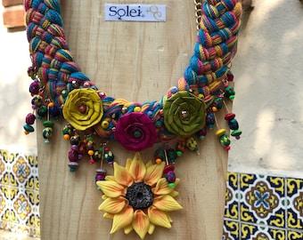 1b195c4ed0d3 Joyería Mexicana Trenzada. Juego de joyería Hecho a mano. Set de Flores de  Palma. Collar y Aretes de Flores. Envío Gratis