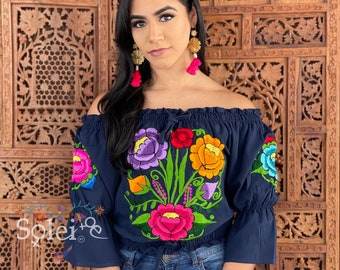 Floral Embroidered Crop Top. Artisanal Mexican Crop Top. Boho-Hippie Style Crop Top. Traditional Mexican Blouse. Ethnic Style Crop Top.