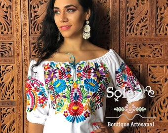 Front Tie Floral Embroidered Blouse. Off the Shoulder Blouse. Mexican Blouse. Frida Kahlo Style. Handmade in Mexico.