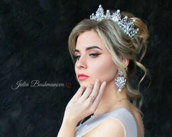 Wedding crown etsy wedding crown bridal crown crystal crown royal tiara bridal crown silver rhinestones tiara silver wedding crown crystal crown vintage junglespirit Images